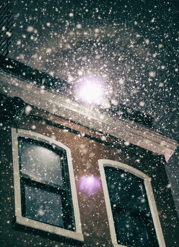 snow-1045070_1920