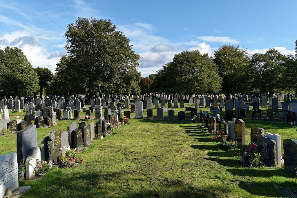 cemetery-959405_1920